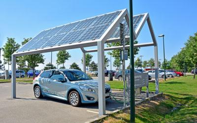Viel Umweltschutz auf wenig Raum: Eine Photovoltaikanlage auf dem Carport lohnt sich fast immer
