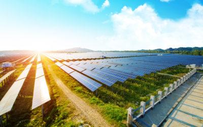 Solarstrom selbst nutzen oder verkaufen? Einspeisung und Eigenverbrauch bei Photovoltaikanlagen.